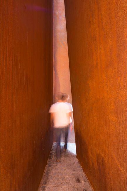 Slat - Richard Serra