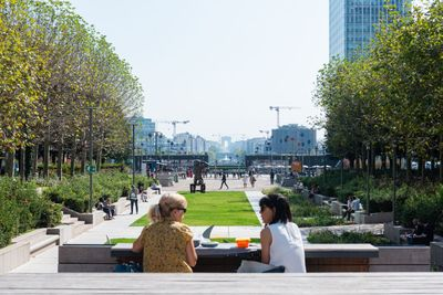 The Park and its Green Heart (c) Paris La Défense - Constance Decorde