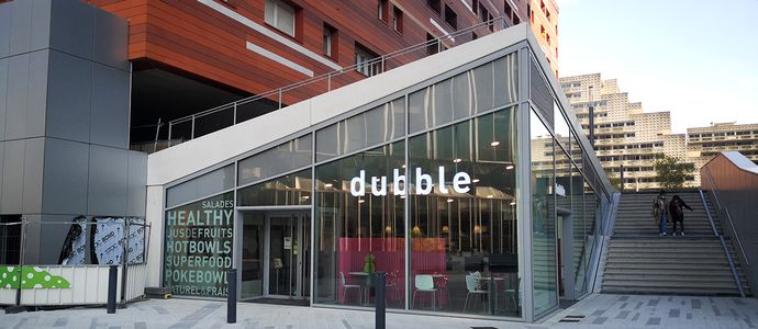 Dubble opens a restaurant in Zaha Hadid Square at the foot of the Alto Tower