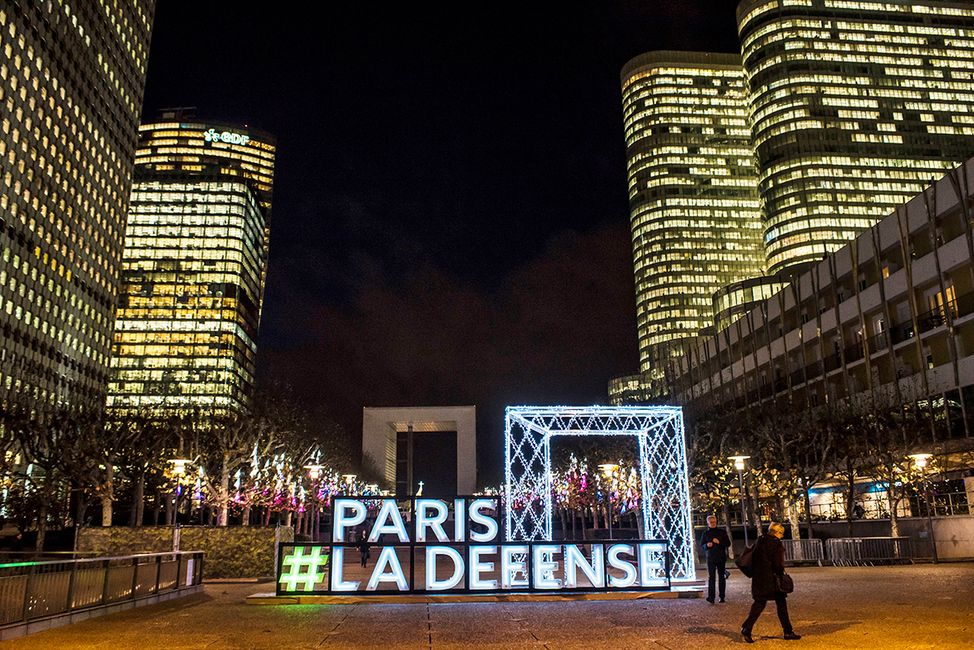 Illuminations de Noël à Paris La Défense 2019